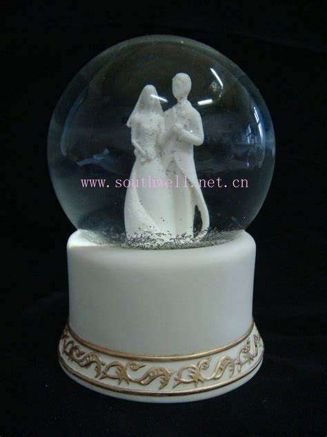 wedding gifts wedding snow globe custom snow globes