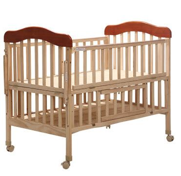 Baby Cribs Bedding Solid Wood Pine Baby Bed Trolley With Solid Wood Baby Crib