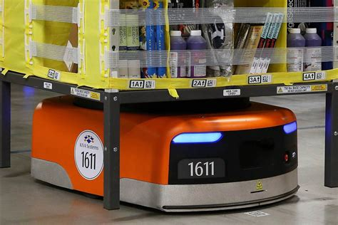amazon robot amazon just patented a package packer bot to add to its