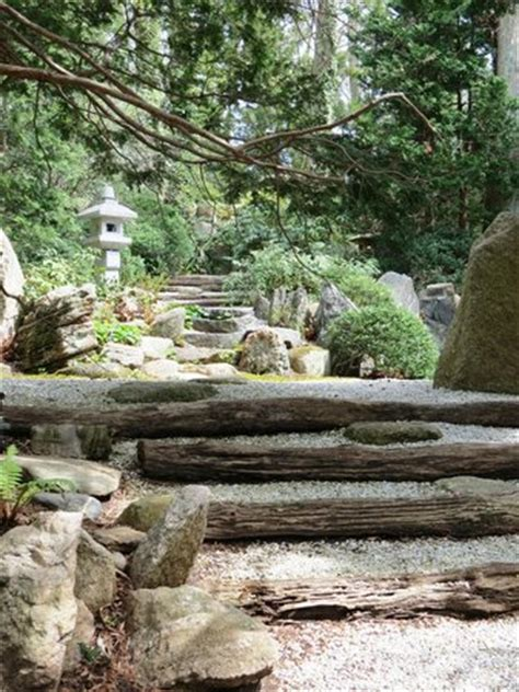 Humes Japanese Stroll Garden the top 10 things to do in island 2017 must see
