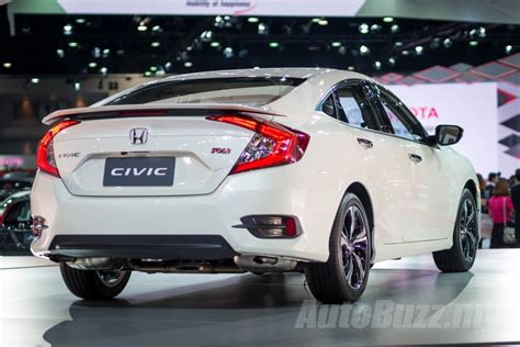 2016 Honda Civic 1.8L and 1.5L Turbo now open for booking
