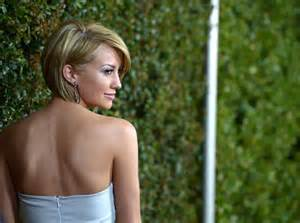 chelsea back of hair more pics of chelsea kane side parted straight cut 20 of