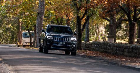 maserati jeep 2017 price comparison jeep grand cherokee 2016 vs maserati