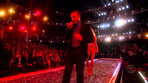 Justin Timberlake Brings Sexyback To The Victorias Secret Catwalk by Justin Timberlake Back S Secret Fashion Show
