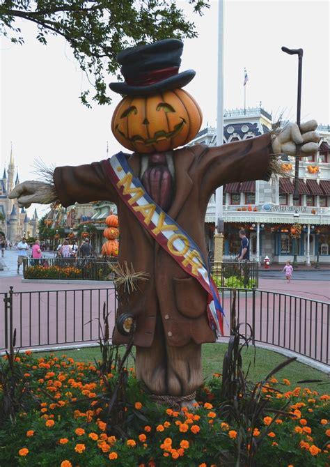 disney halloween decorations ideas decoration love