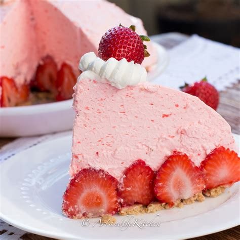 no bake strawberry cheesecake pie art and the kitchen
