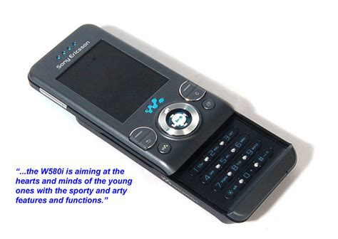 Casing Sony Ericsson W580 looks sony ericsson w580i hardwarezone sg