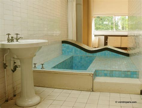 Narrow Bathroom Design villa savoye le corbusier the icon of modern