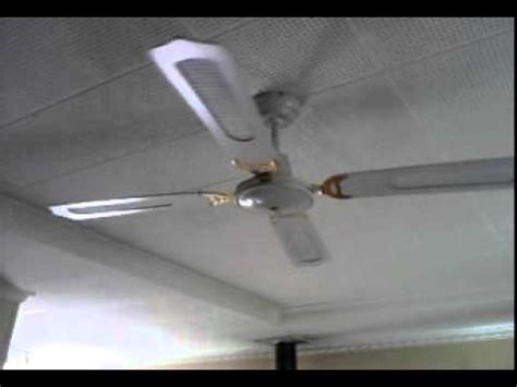 the ceiling fan stops spinning