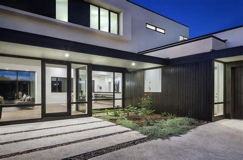 richardson architects lakeway residences by clark richardson architects