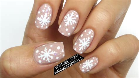 snowflake pattern nails nail art designs winter snowflake nail art