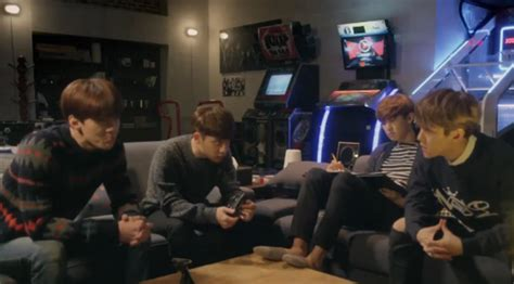 foto exo dalam film exo next door siapa yang ditaksir yeon hee di exo next door celeb
