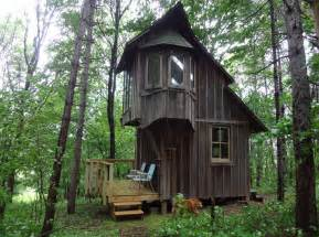 Cool Cabin Coolest Cabins Cottage Style Cabin Michigan