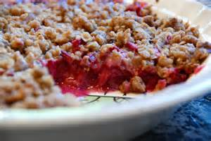simple girl perfect rhubarb crisp