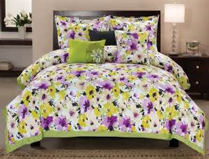 yellow purple bedroom:  beach themed bedrooms on beach theme home decorating ideas bedrooms