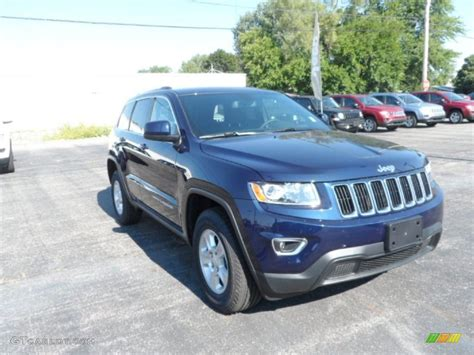 2014 blue jeep grand 2014 true blue pearl jeep grand laredo 4x4