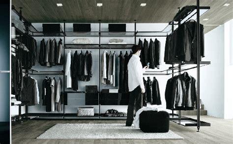 Walk By Closet by Modern Walk In Closet Zenit From Rimadesio