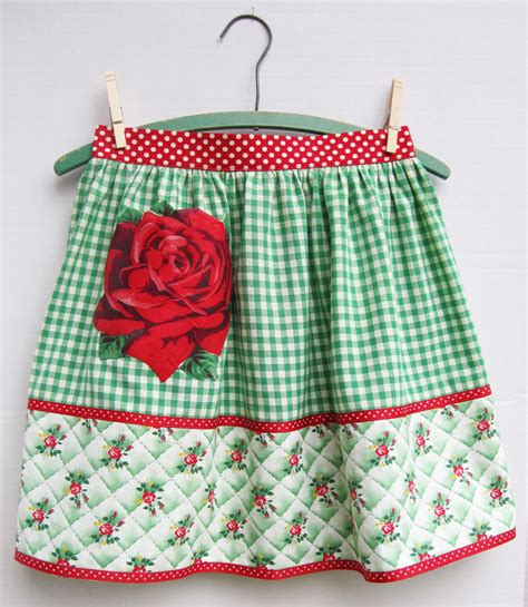 what is an apron vintage green fabric aprons roses and a border print q