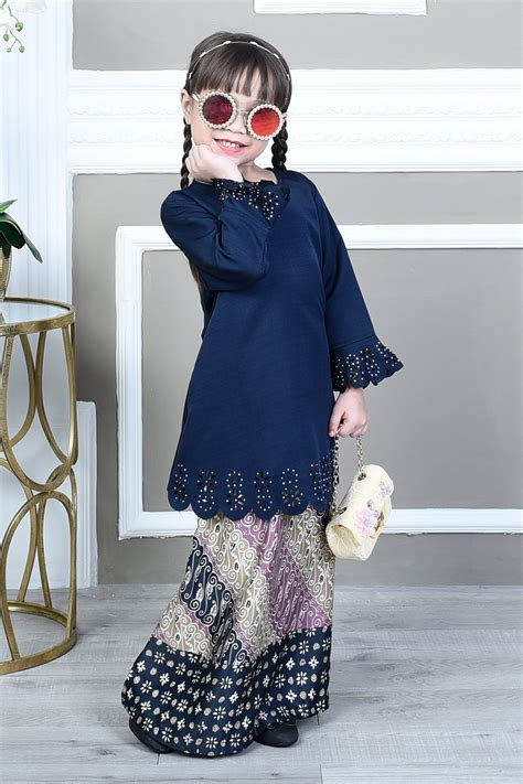 Kaitan Baju Hook Eye baju kurung batik lasercut fatimah high blue muslimahclothing