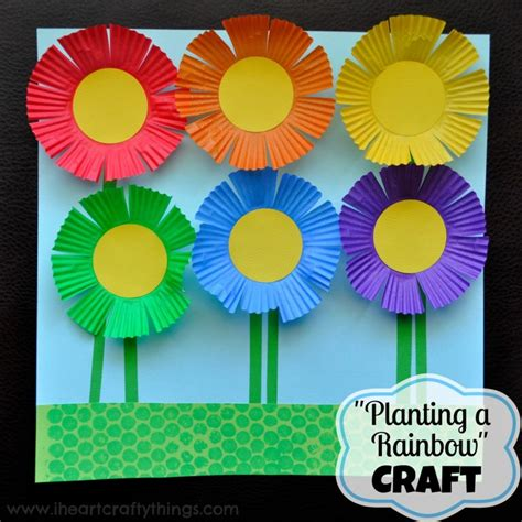 How To Make Kite Paper Flowers - cupcake liner kite craft for i crafty things