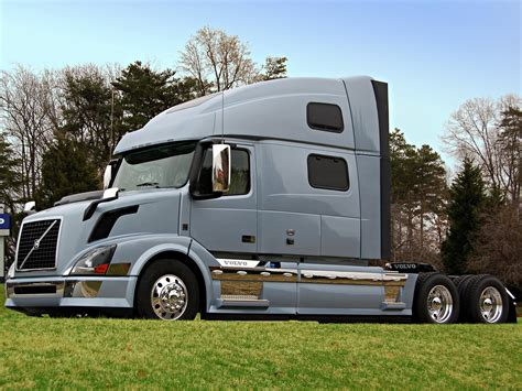 volvo semi volvo truck pictures on pinterest volvo trucks and