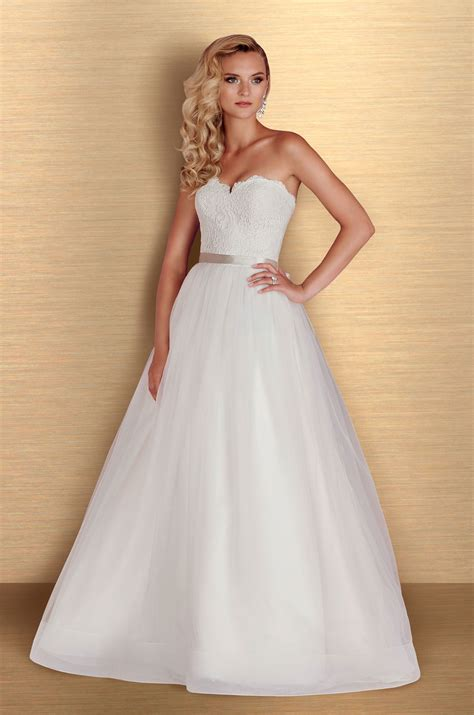 Shop Wedding Dresses By Style by Tulle Skirt Gown Wedding Dress Style 4668