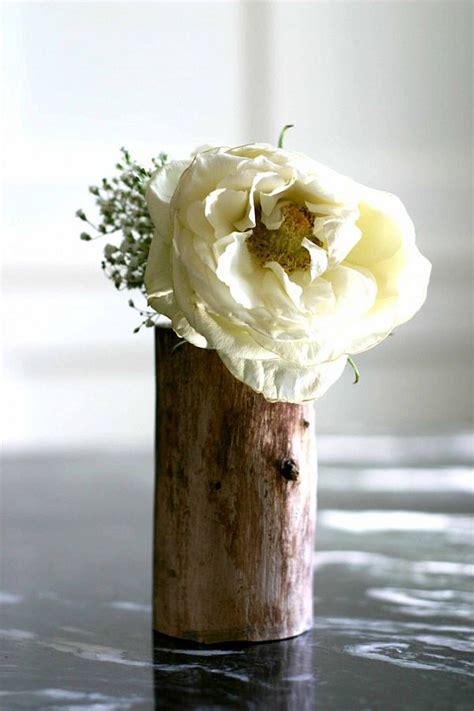 Log Flower Vase by 7 Creative Ways Of Turning Wood Logs And Tree Stumps Into