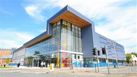 De Montfort Leicester Mba by Leisure Centre Promo De Montfort Dmu