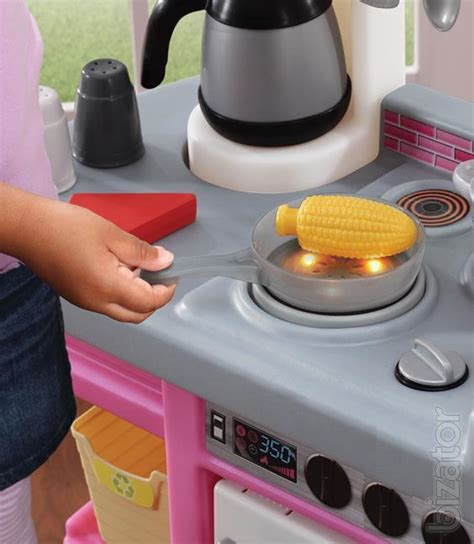Kitchen with sound effects in pink Step2 8217   Buy on www
