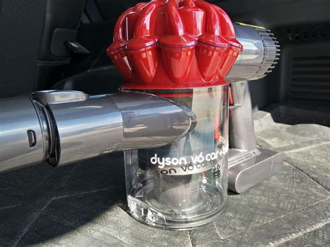 dyson v6 car and boat review dyson s v6 car and boat vacuum manspace magazine