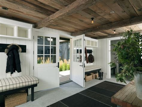 home plans with vaulted ceilings garage mud room 1500 sq ft 1000 images about breezeway on pinterest pool houses