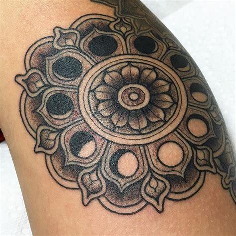 Pioneer Tattoo Kit Hall   20 best sun and moon doodles images on pinterest moon