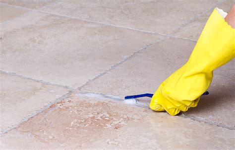pulire fughe piastrelle 6 consigli infallibili per la pulizia bagno helpling