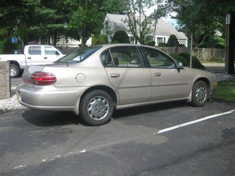 car engine repair manual 1999 oldsmobile cutlass parking system find used 1999 oldsmobile cutlass gl sedan 4 door 3 1l in tuxedo park new york united states