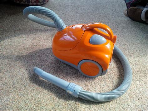 Small Vacuum For Sale Hoover S1361 Portable Canister Vacuum Parksville Nanaimo