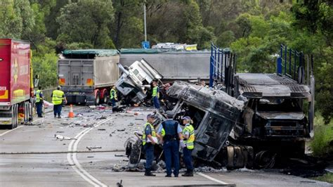 truck crashes update two fatalities in wilton truck crash goulburn post