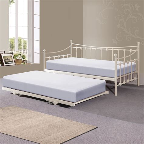 comfortable daybed with trundle white daybed with trundle all home design solutions