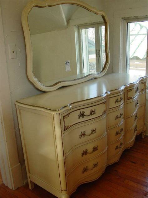 vintage blonde bedroom furniture bedroom furniture sets king bedroom suites cheap vintage