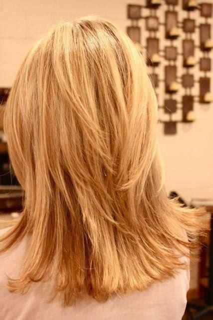 layer of fat on back of head średnie włosy cieniowane