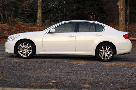 review 2009 infiniti g37x s sedan photo gallery autoblog