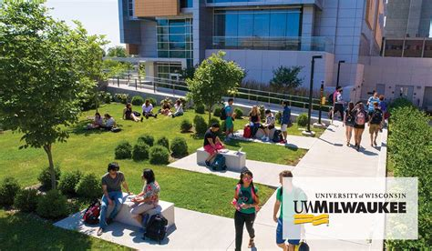 Northern Illinois Mba Tuition by Colleges 2017 Crain S Chicago Business Custom Media Services