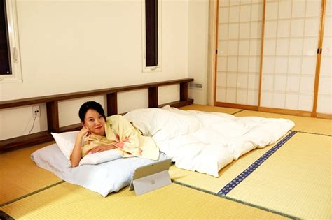 How To Make Sleeping On The Floor Comfortable by Why Japanese Prefer Sleeping On The Floor