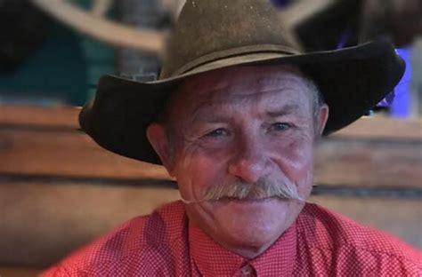 cowboy kent rollins learn   cook   chuck wagon