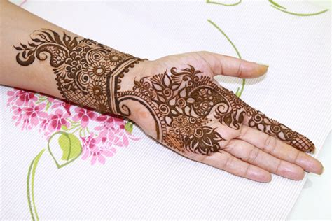 tattoo maker in vaishali 18 traditional and modern henna designs for rakhi indian