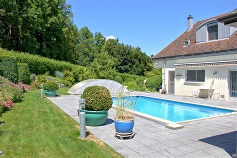 Garten Mit Lava Gestalten by Garten Mit Pool Awesome Foienpool Im Garten Mit With