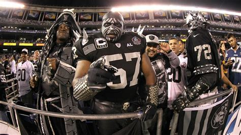 oakland raiders fan 20 photos of crazy oakland raiders fans