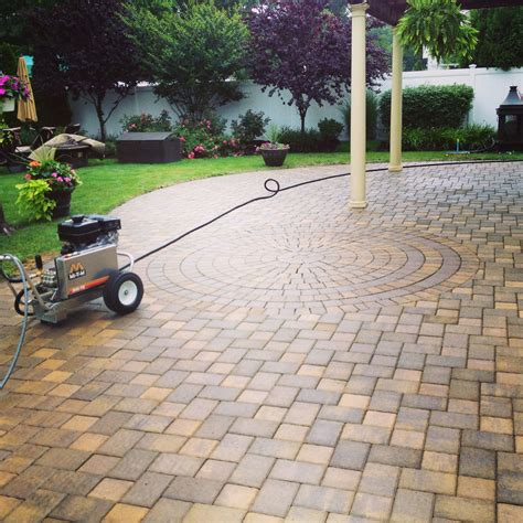 how to seal a paver patio island paver sealing cambridge paver patio www