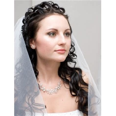 wedding hairstyles for long curly hair with veil wedding hairstyles for long hair half up with veil 2012