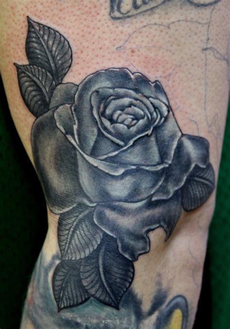 imagenes tatuajes rosas negras im 225 genes de tatuajes de rosas negras imagui