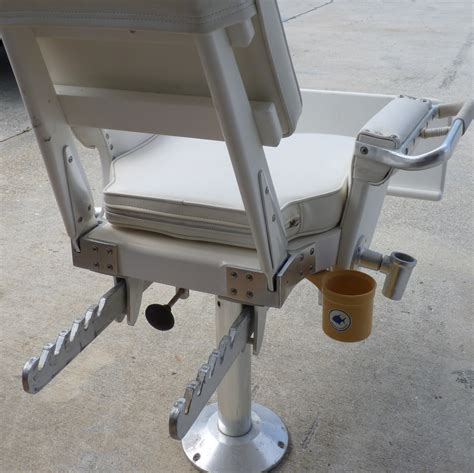 pompanette tournament fighting chair pompanette fighting chair the hull boating and
